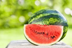 Какие фрукты помогут сохранить здоровье зубов?