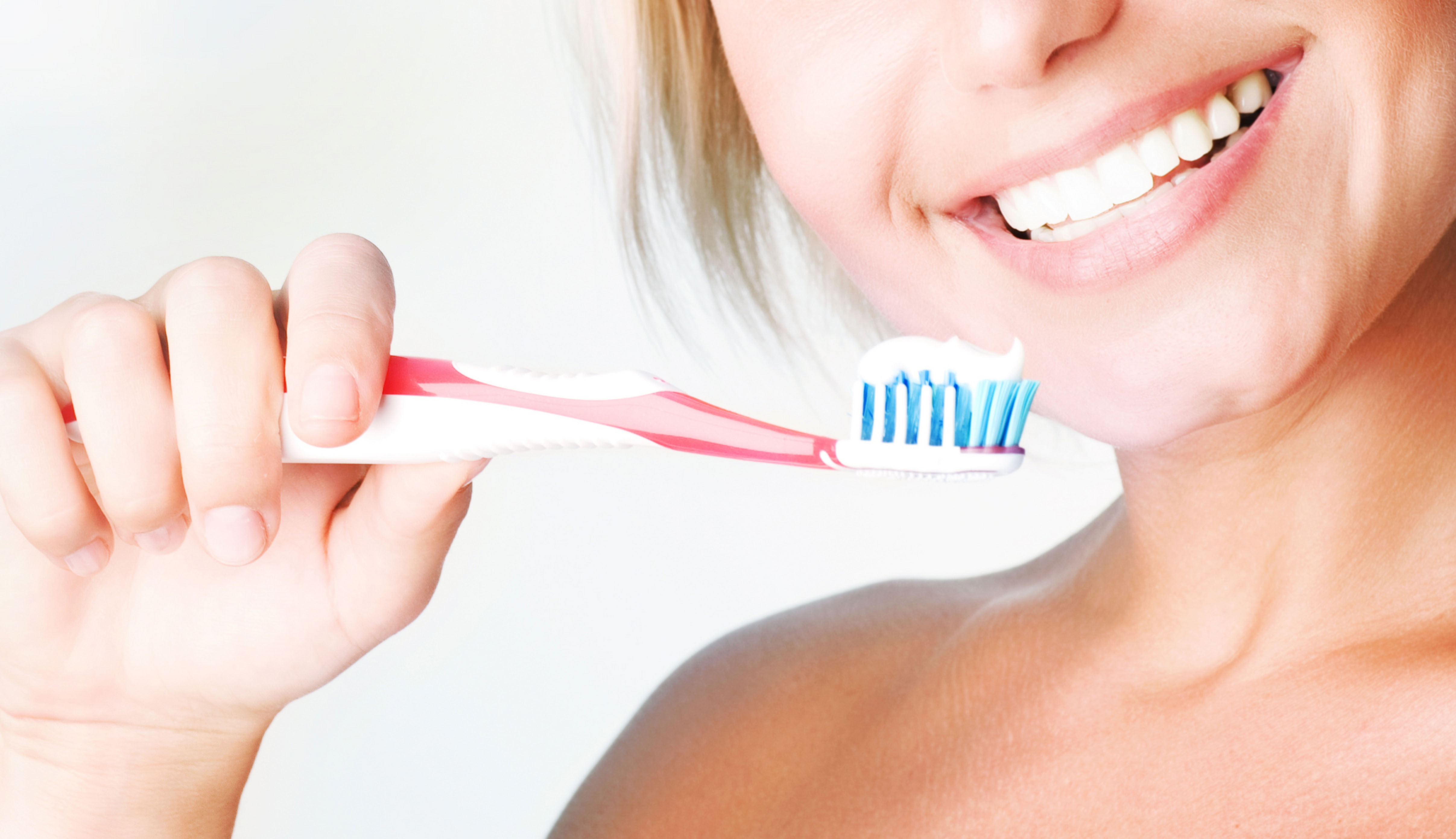 4 самых распространенных мифа о чистке зубов