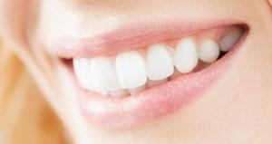Названы народные способы борьбы с зубным камнем