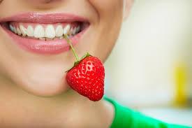 Насколько вредна для здоровья зубов летняя пища?