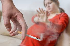 Пассивное курение увеличивает риск развития расщелины губы и нёба