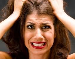 Расстройства и истерики разрушают зубы