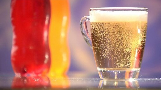 Напитки, «атакующие» зубную эмаль