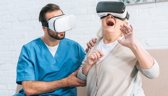 Борьба с дентафобией с помощью очков виртуальной реальности, в которых пациенту демонстрируют начало стоматологических процедур