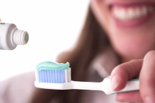 ТОП-8 лечебных растений для здоровья зубов