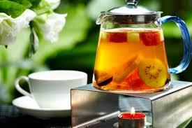 Лекарства и фруктовые чаи разрушают зубы