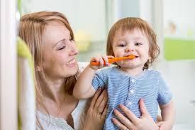 Привычка, которая научит ребенка чистить зубы на ночь