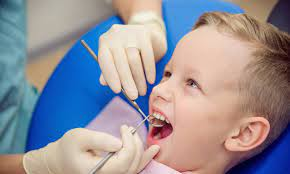 Смена молочных зубов: как бороться с отклонениями от нормы