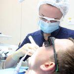 Врач предупредила о вреде отбеливания зубов