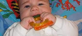 Гели при прорезывании зубов могут быть вредны для здоровья