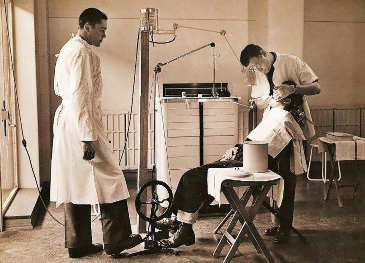 Мучительная история: как развивалось искусство лечения зубов